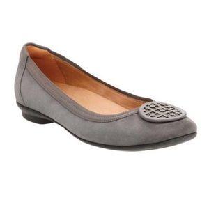 Clarks Artisan Candra Blush Leather Ballet Flats